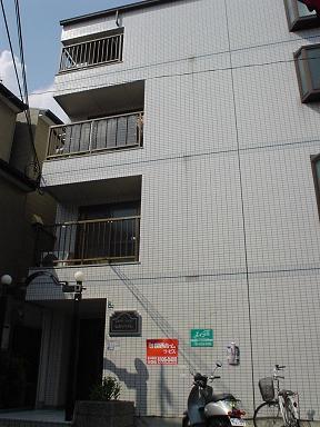 【ヒカリハイム302】外観写真