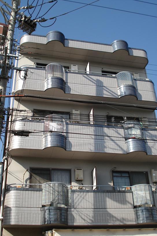 【ロータリーマンション末広】外観写真